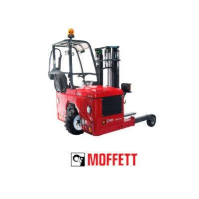 LKW Mitnahmestapler von Moffett, ideal für Logistik